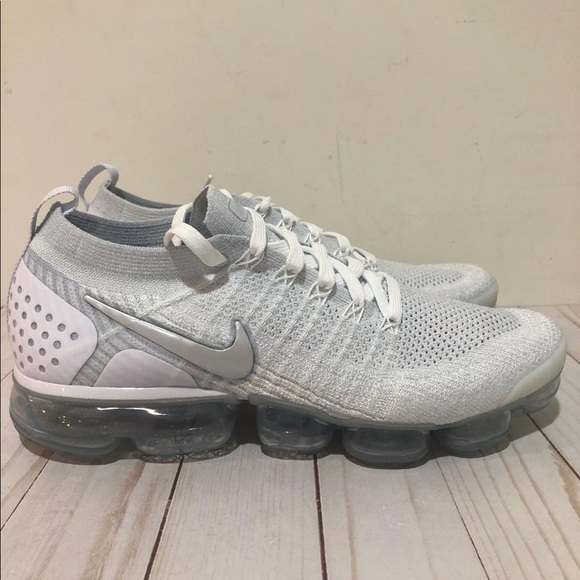 size 40 6c6a7 e1031 Nike Air VaporMax Flyknit 2 White Vast Grey Nike NWT